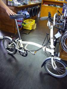 折りたたみ自転車1