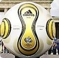 ワールドカップ ドイツ大会 サッカー 決勝 公式球 試合球 金色 アディダス