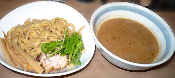 ドロ沼つけ麺