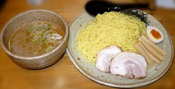 冷にぼつけ麺