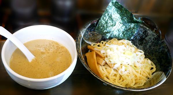 鶏白湯つけ麺