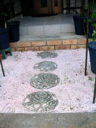 バラの敷き石