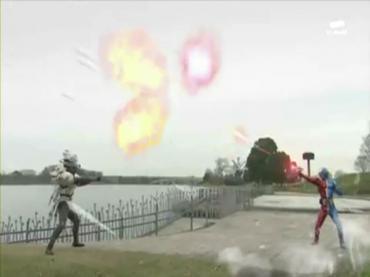 Kamen Rider Double ep 20 3.avi_000141174