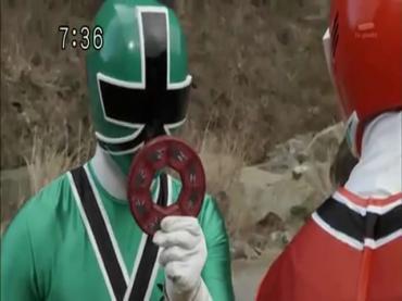 Samurai Sentai Shinkenger ep48 1.avi_000203436