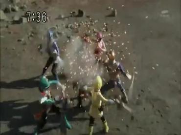 Samurai Sentai Shinkenger ep48 1.avi_000236236