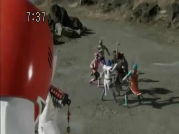 Samurai Sentai Shinkenger ep48 1.avi_000271104