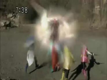Samurai Sentai Shinkenger ep48 1.avi_000323356