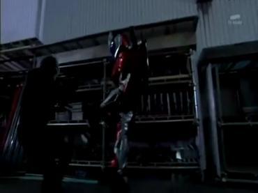 Kamen Rider Double ep21 1.avi_000100333