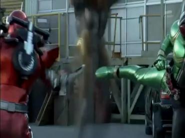 Kamen Rider Double ep21 3.avi_000335635