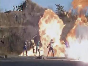 Final Episode Samurai Sentai Shinkenger 1.avi_000241874