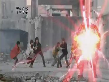 Final Episode Samurai Sentai Shinkenger 2.avi_000250250