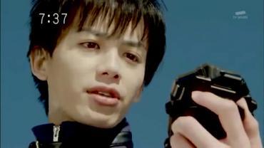 Tensou Sentai Goseiger ep2 1.avi_000255588
