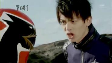 Tensou Sentai Goseiger ep2 2.avi_000125191
