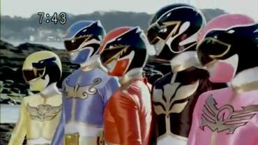 Tensou Sentai Goseiger ep2 2.avi_000230196