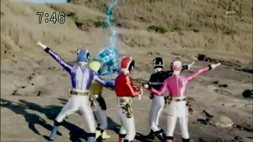 Tensou Sentai Goseiger ep2 2.avi_000367867