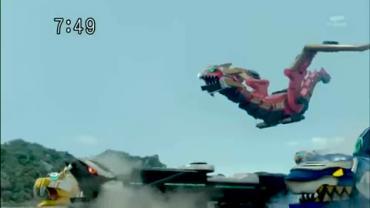 Tensou Sentai Goseiger ep2 3.avi_000106673