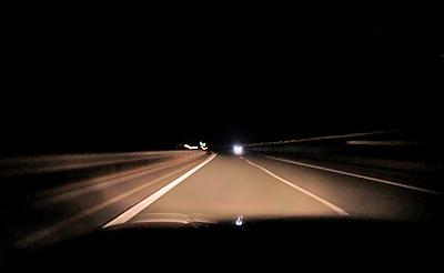 真っ暗な中国自動車道