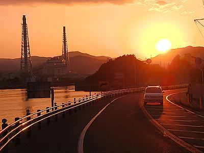 夕日モードで撮影された夕日