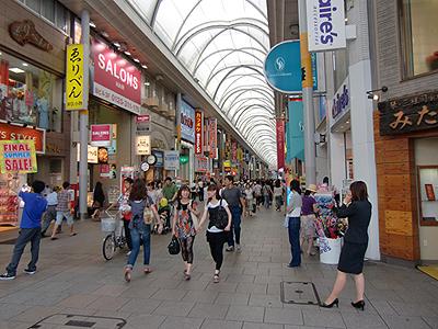 広島本通り商店街