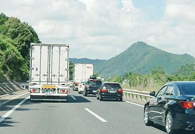 山陽自動車道での事故渋滞