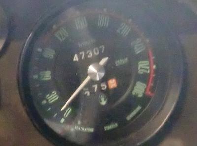 300km/hまで刻まれるスピードメーター