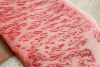 霜降りのステーキ肉