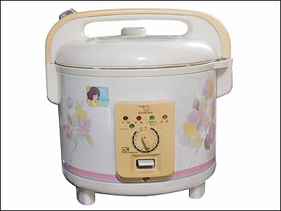 学生時代に使ってた20年以上前の昭和レトロな炊飯器