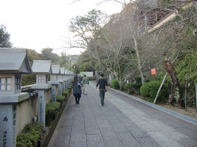 薬王寺の参道