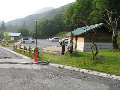 名頃駐車場