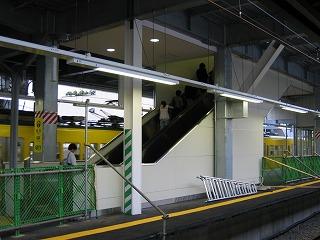 東長崎駅エスカレター稼動