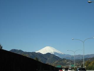 快晴の空と富士山