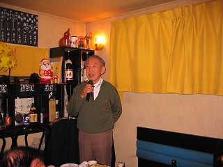 ご存知南長崎服飾デザナー松島さんの乾杯でスタート