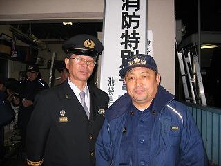 鈴木副団長と団小屋前で