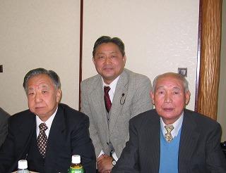 佐々木町会長さんと平野福寿会会長さんと