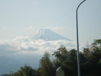 沼津へ行く途中で見た富士山