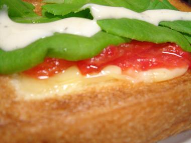 090503チーズトマトトースト