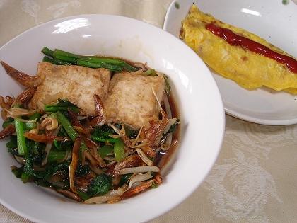 090710厚揚げと小松菜の炒め煮、オムレツ