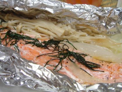 090727鮭の香草ホイル焼き