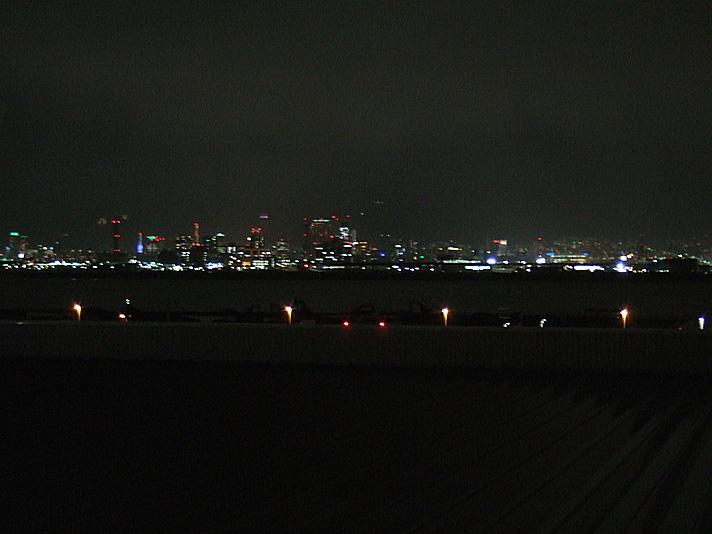 airport_yoru.jpg
