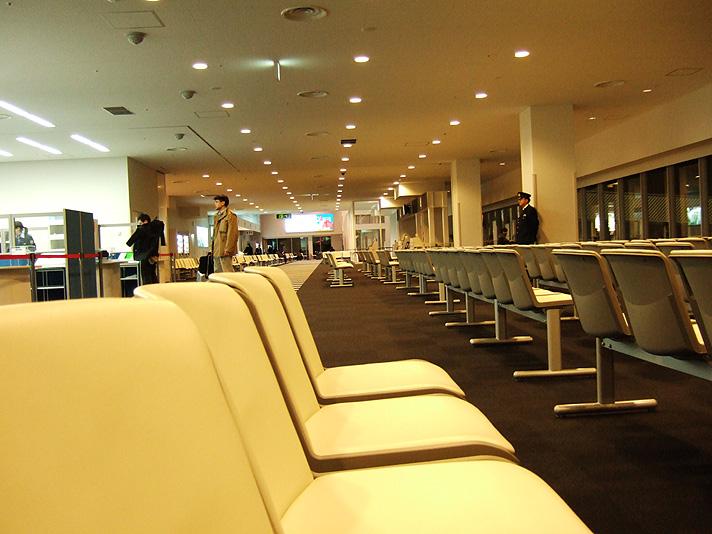 airport_yoru2.jpg