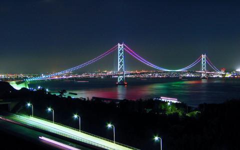 明石海峡大橋ライトアップ/淡路サービスエリア