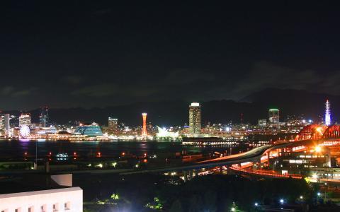 神戸港と神戸メリケンパークの夜景