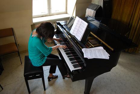 Yuka Pianistin (49)