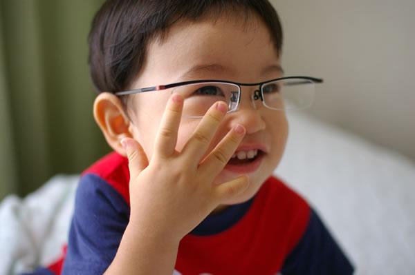 パパのメガネ02