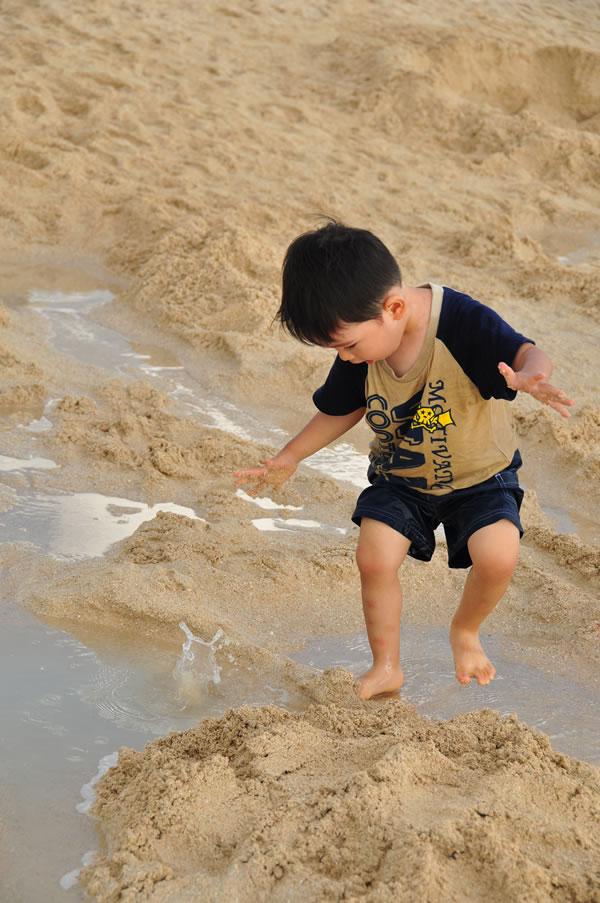 砂遊び01