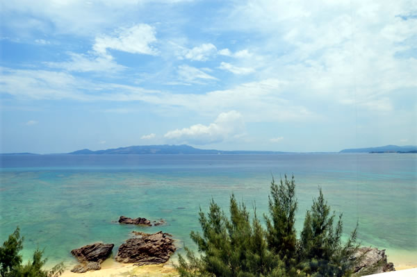 海の見えるレストラン02