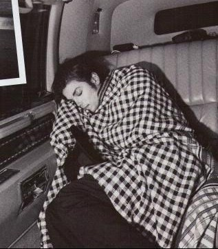 michael-jackson-sleeping