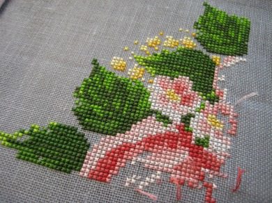 roseswreath2.jpg