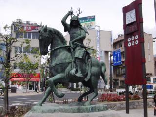真田幸村立像