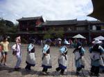 踊る!雲南省のおばあちゃんたち